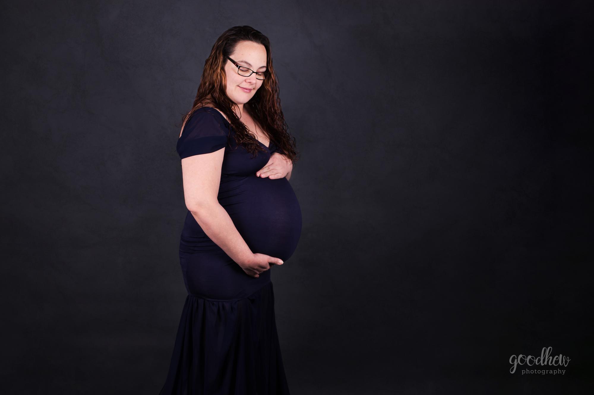 jxn-mi-studio-maternity-portraits